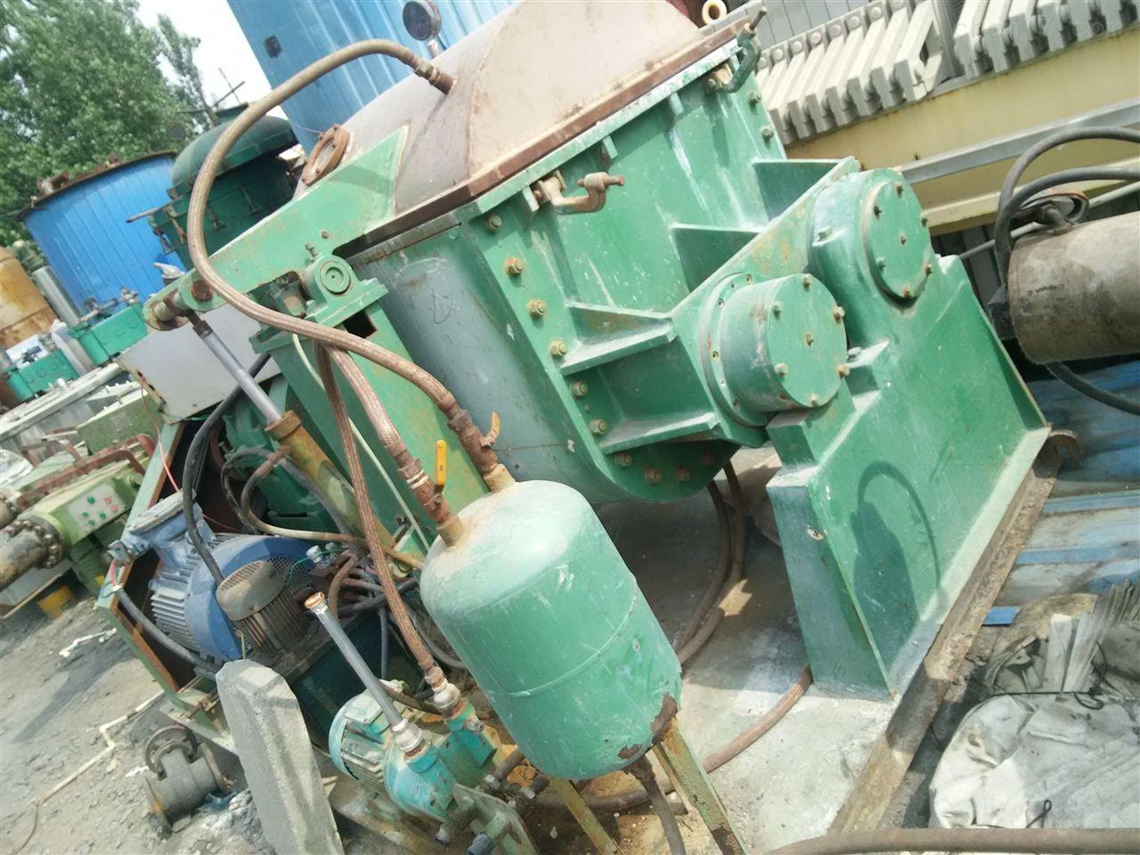 大量回收二手1500升液压自动翻缸捏合机