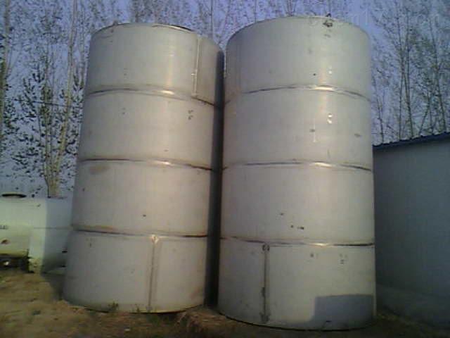 大量回收二手50立方不锈钢储罐 价高同行