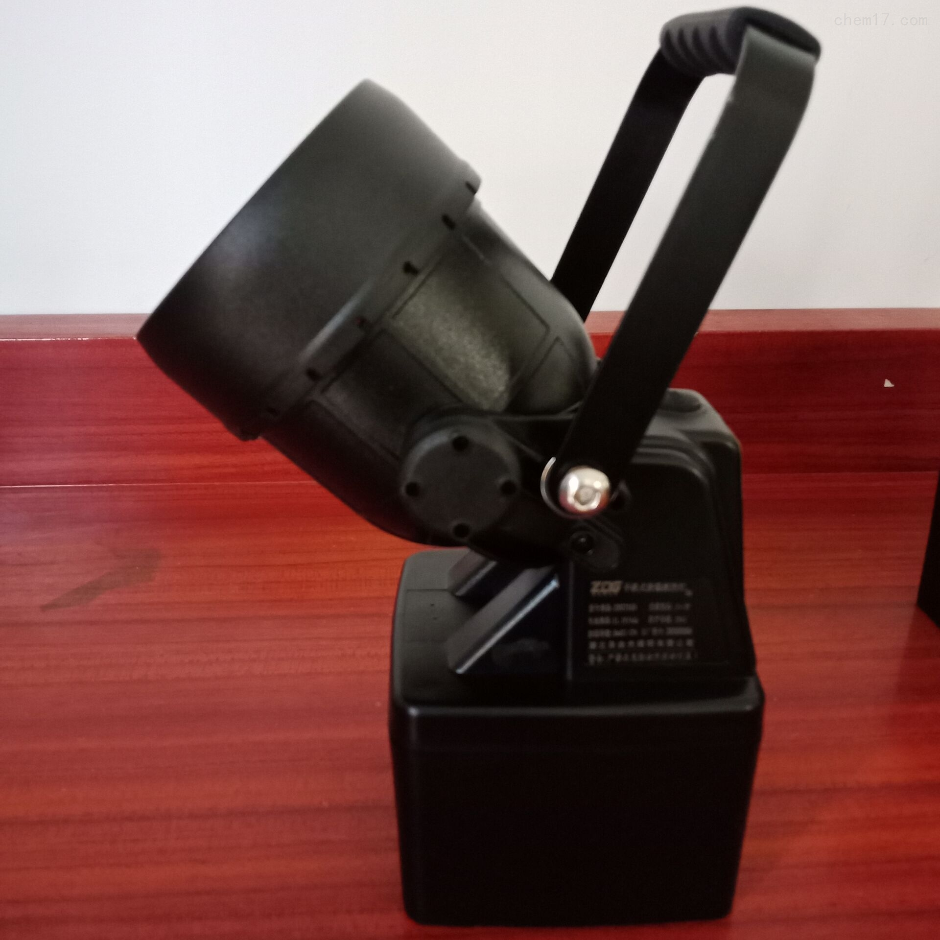 山西省TME2555-J船舶检修吸铁式防爆手提灯