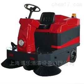 座駕式電動掃地機