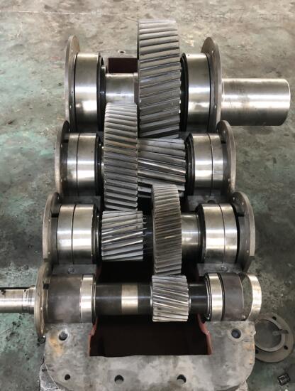 供应:ZSY250-22.4-1硬齿面减速机