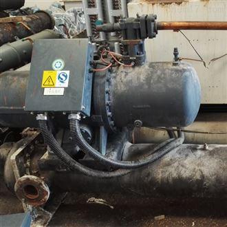 60匹 70匹 80匹日菱牌螺桿式工業冷水機保養維護