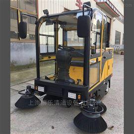 BL-1800搅拌站用电动扫地车