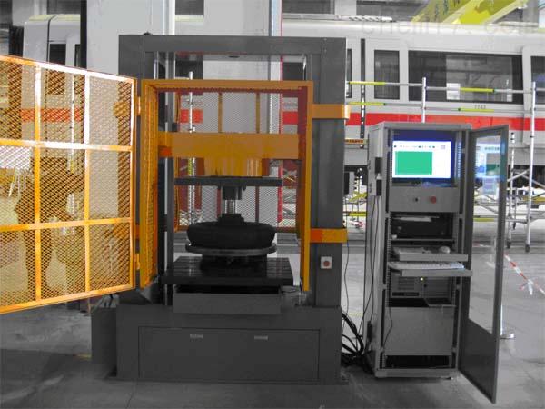 空气弹簧力学性能试验机