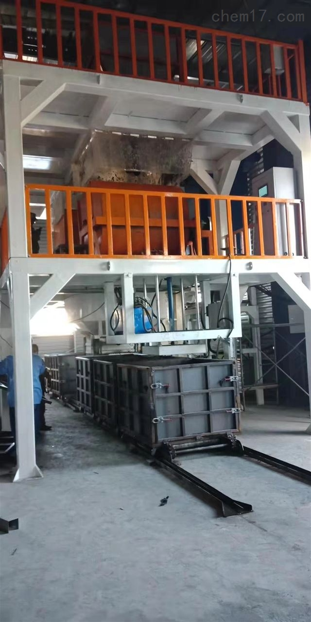 摸箱式水泥匀质板设备厂家亲临指导操作