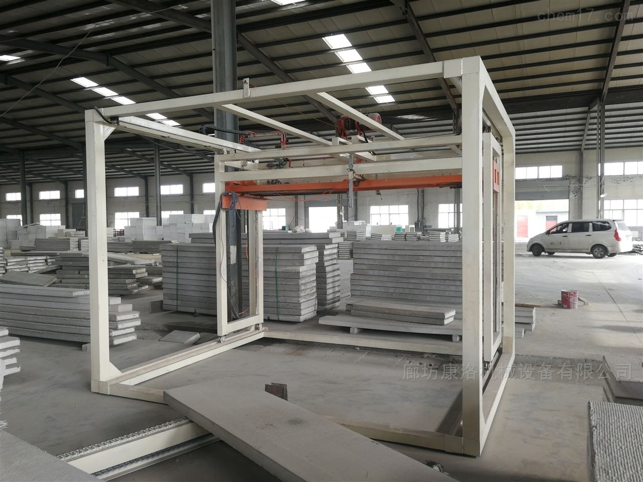 FS新型混凝土免拆模板设备技术及报价清单