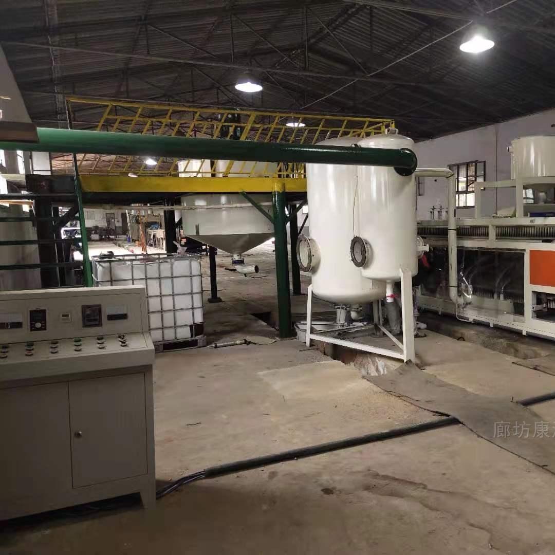隔热硅质板设备介绍