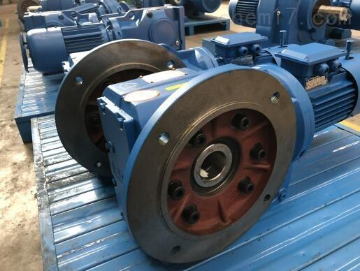供应:KF157螺旋锥齿轮减速机