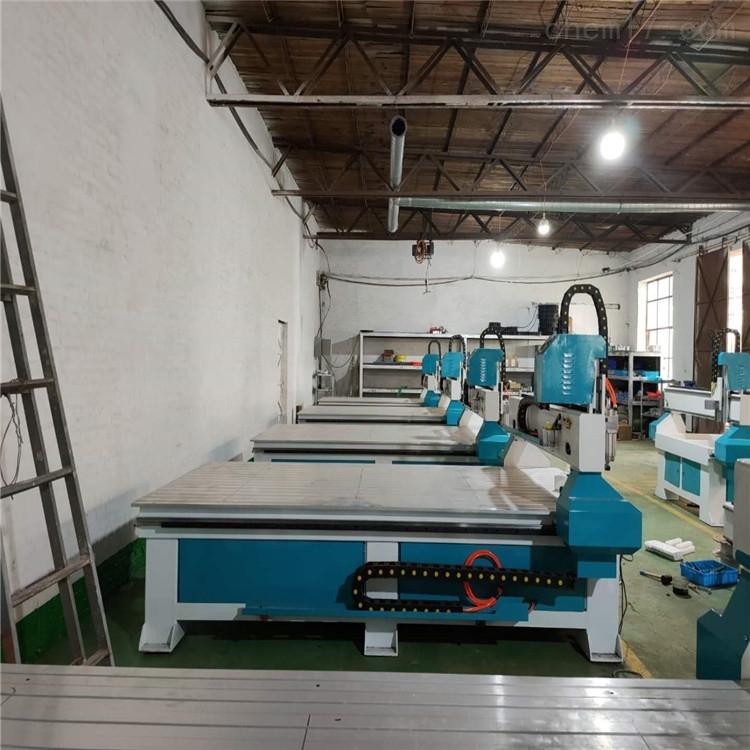 专业定制密度板地暖模板多头雕刻机价格