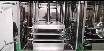 冻干机板层